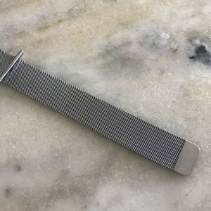 Accessories - Apple Watch Mesh Link Band